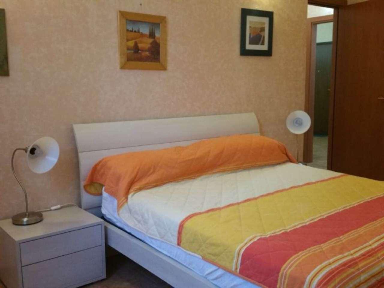 Bilocale Milano Via Maffucci 11