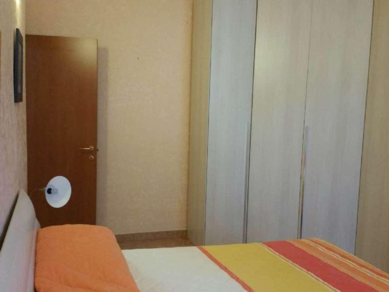 Bilocale Milano Via Maffucci 12