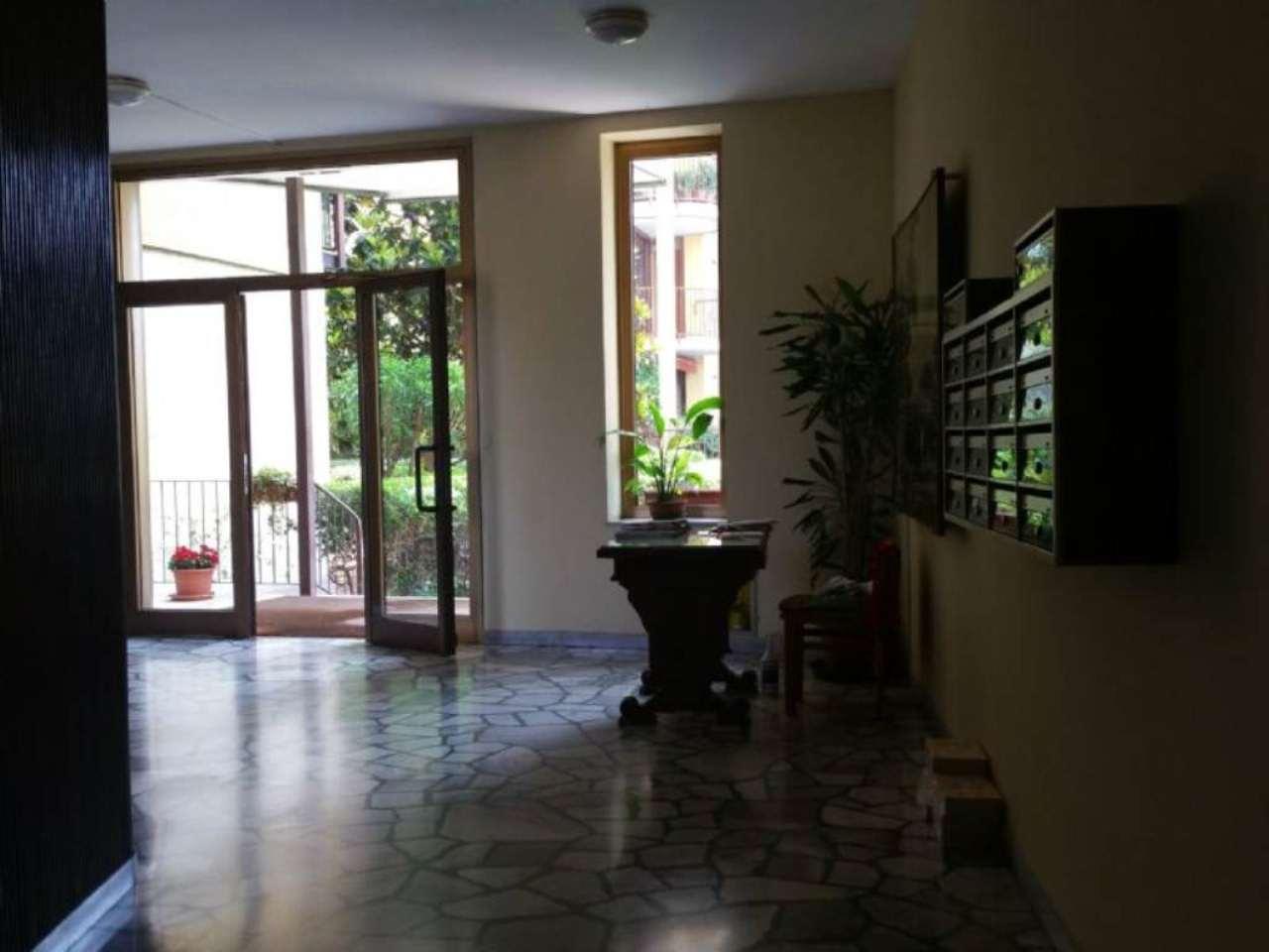 Bilocale Milano Via Maffucci 13