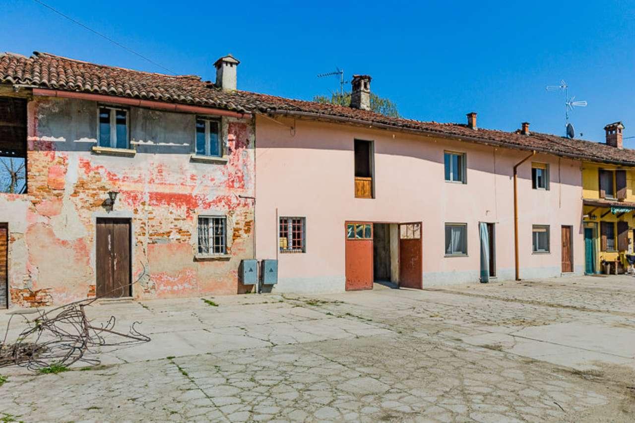 Inverno e Monteleone Vendita CASALE / RUSTICO / CASA / CASCINA Immagine 1