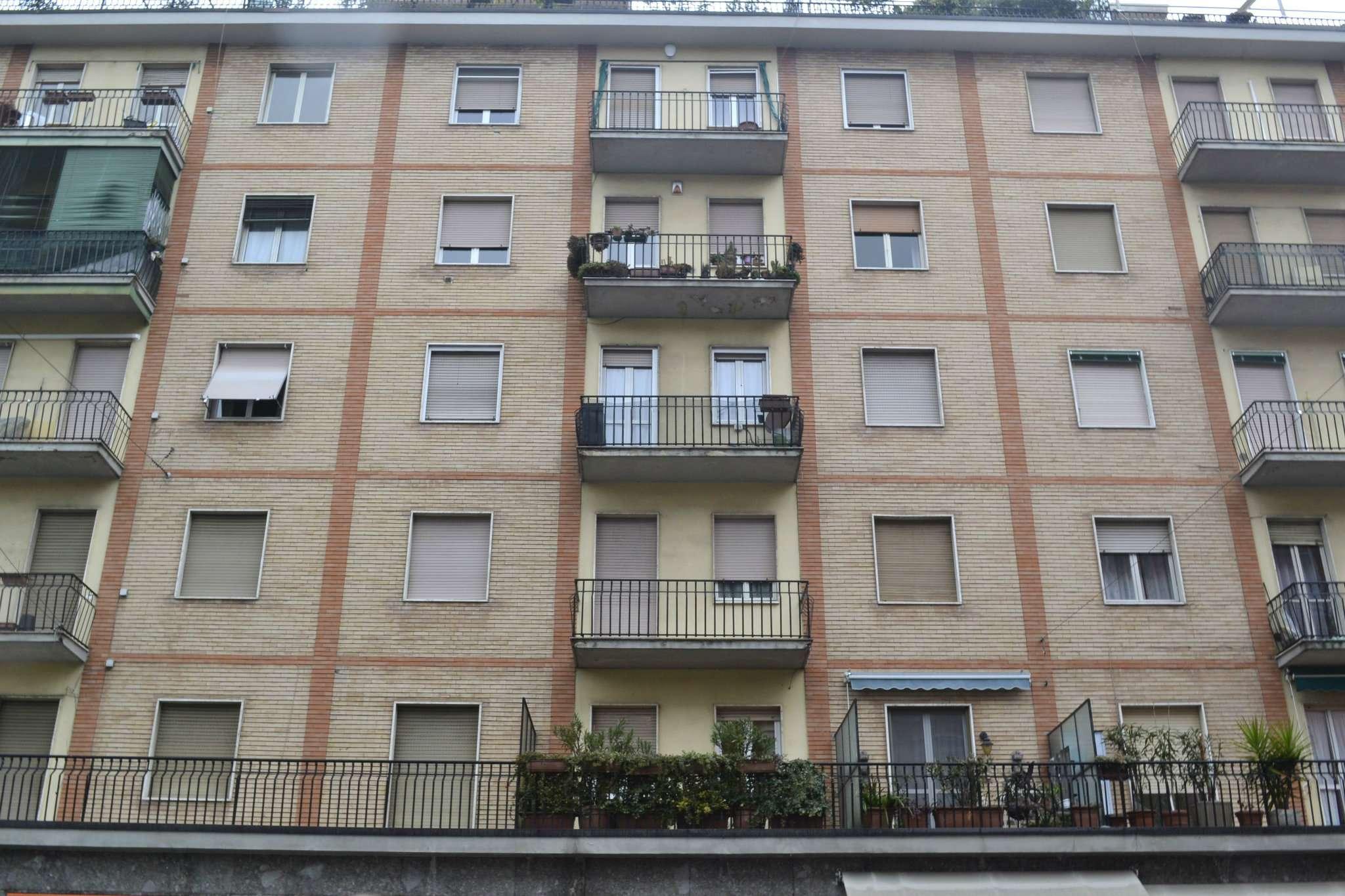 Bilocale Milano Via Padova 4
