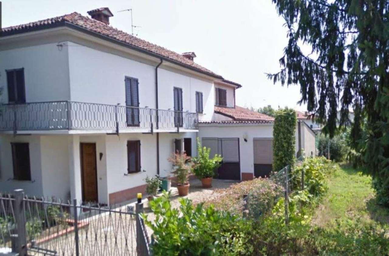 Villa in vendita a Gropello Cairoli, 6 locali, prezzo € 370.000 | Cambio Casa.it