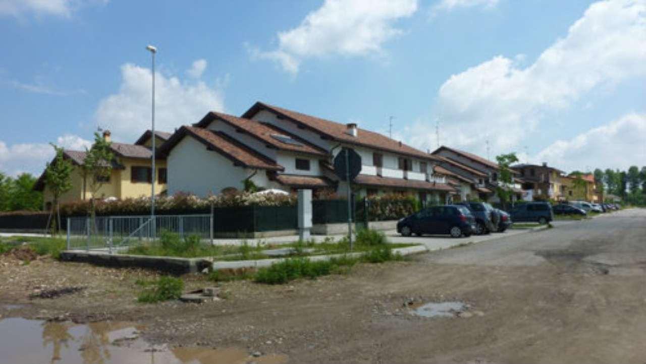 Terreno Edificabile Residenziale in Vendita a Caronno Pertusella