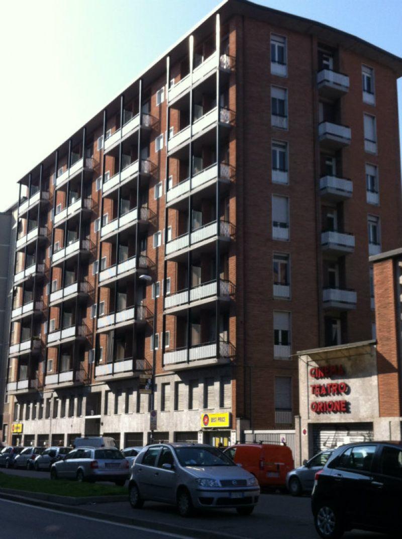 Bilocale Milano Via Fezzan 2