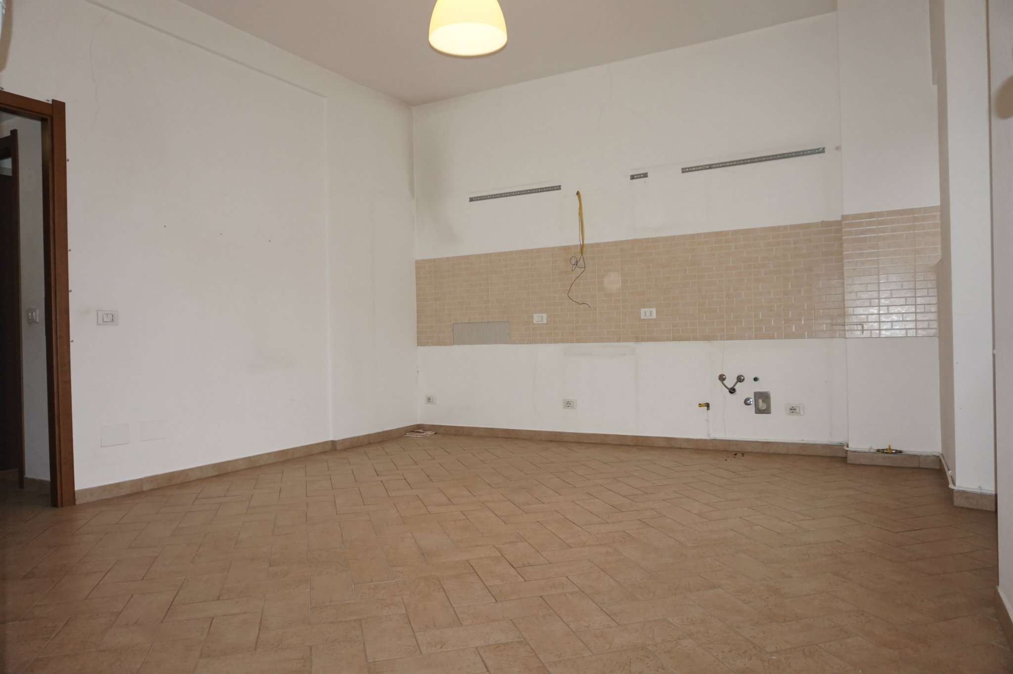 Appartamento in affitto a Milano, 2 locali, zona Zona: 10 . P.ta Genova, Romolo, Solari, Savona, Tortona, prezzo € 850   Cambio Casa.it