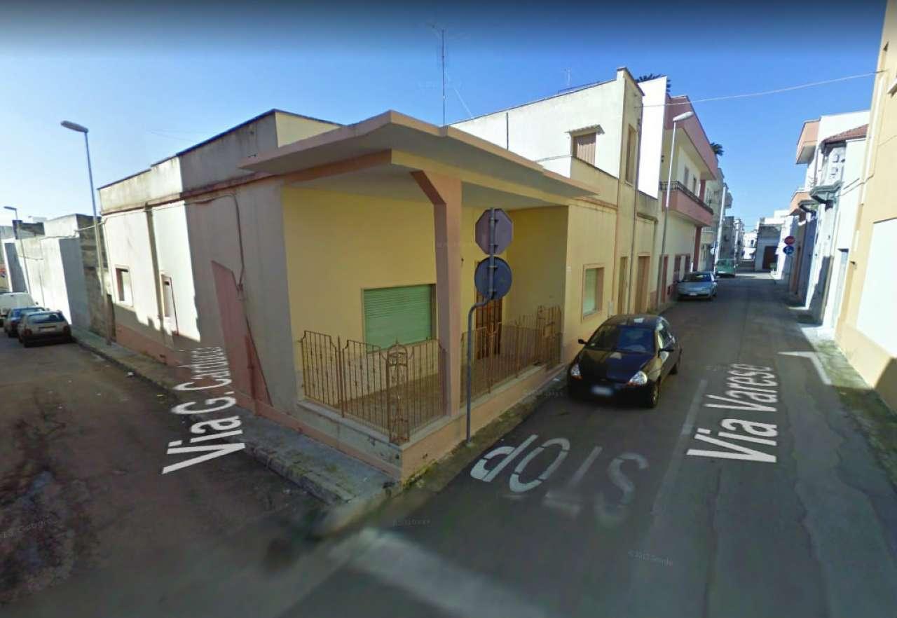 Soluzione Indipendente in vendita a Tuglie, 5 locali, prezzo € 115.000 | CambioCasa.it