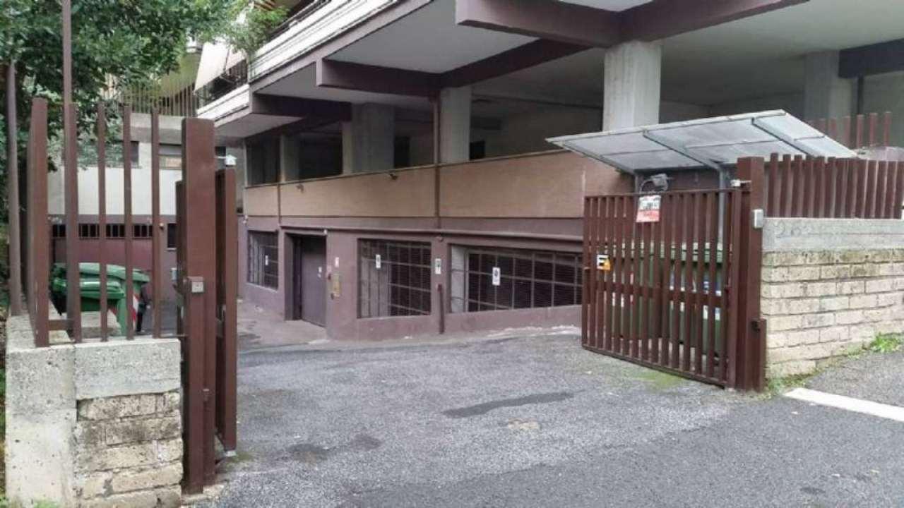 Box / Garage in vendita a Roma, 1 locali, zona Zona: 22 . Eur - Torrino - Spinaceto, prezzo € 50.000 | Cambio Casa.it