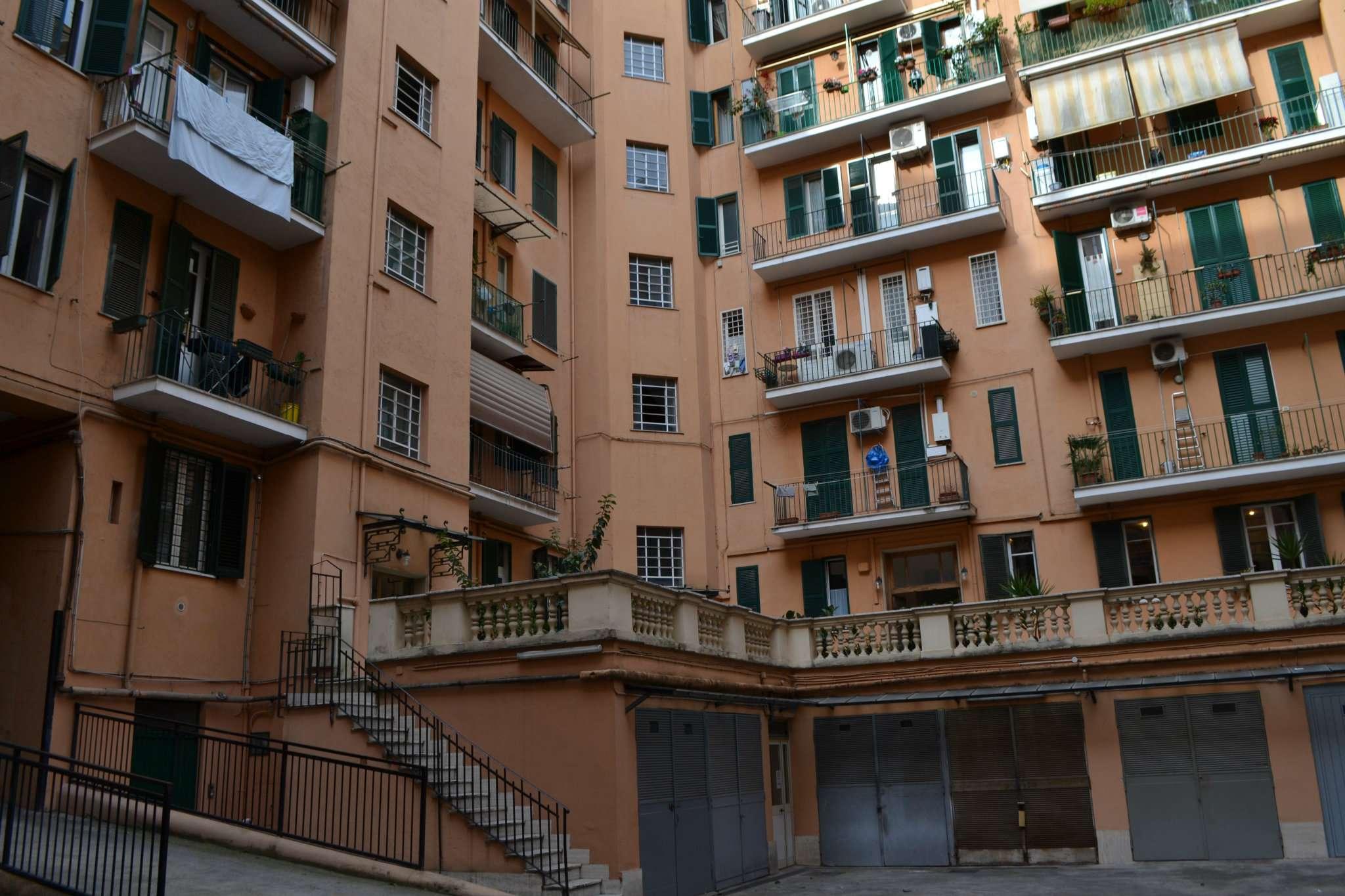 Magazzino in Affitto a Roma