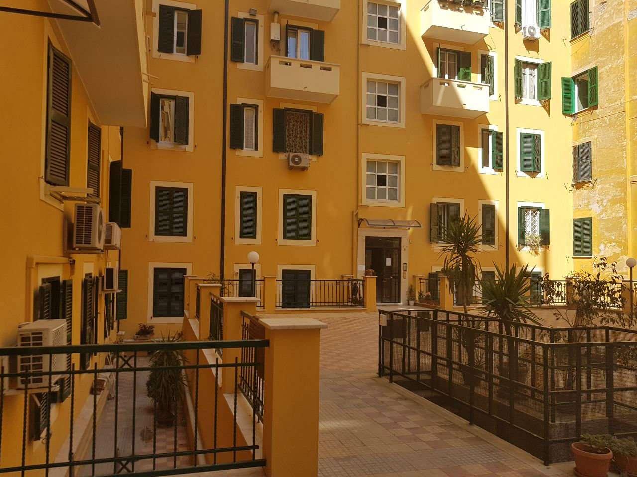 Re winning a roma casa for Affitto uso ufficio roma san giovanni