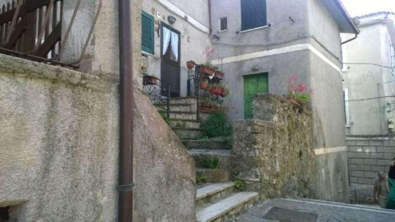 Appartamento in vendita a Collegiove, 4 locali, prezzo € 50.000 | Cambio Casa.it