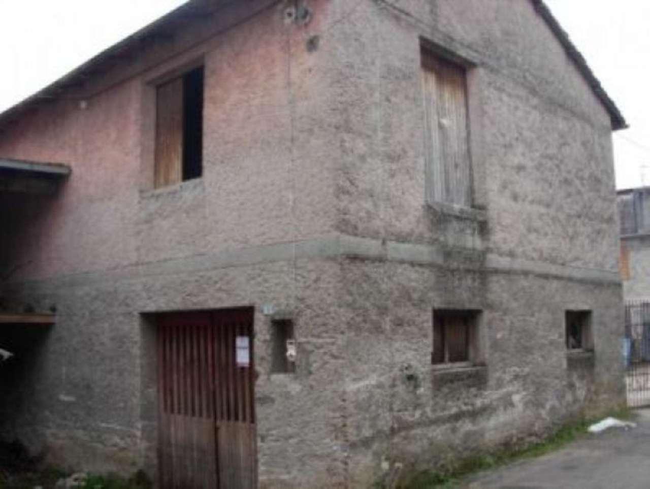 Rustico / Casale in vendita a Avezzano, 3 locali, prezzo € 60.000 | Cambio Casa.it