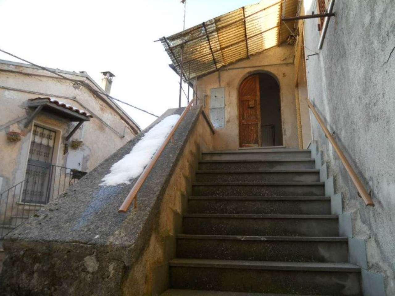 Bilocale Collegiove Via Luigi Manzocchi 3