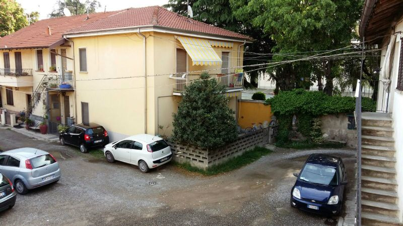 Bilocale Caronno Pertusella Via Santa Margherita 9