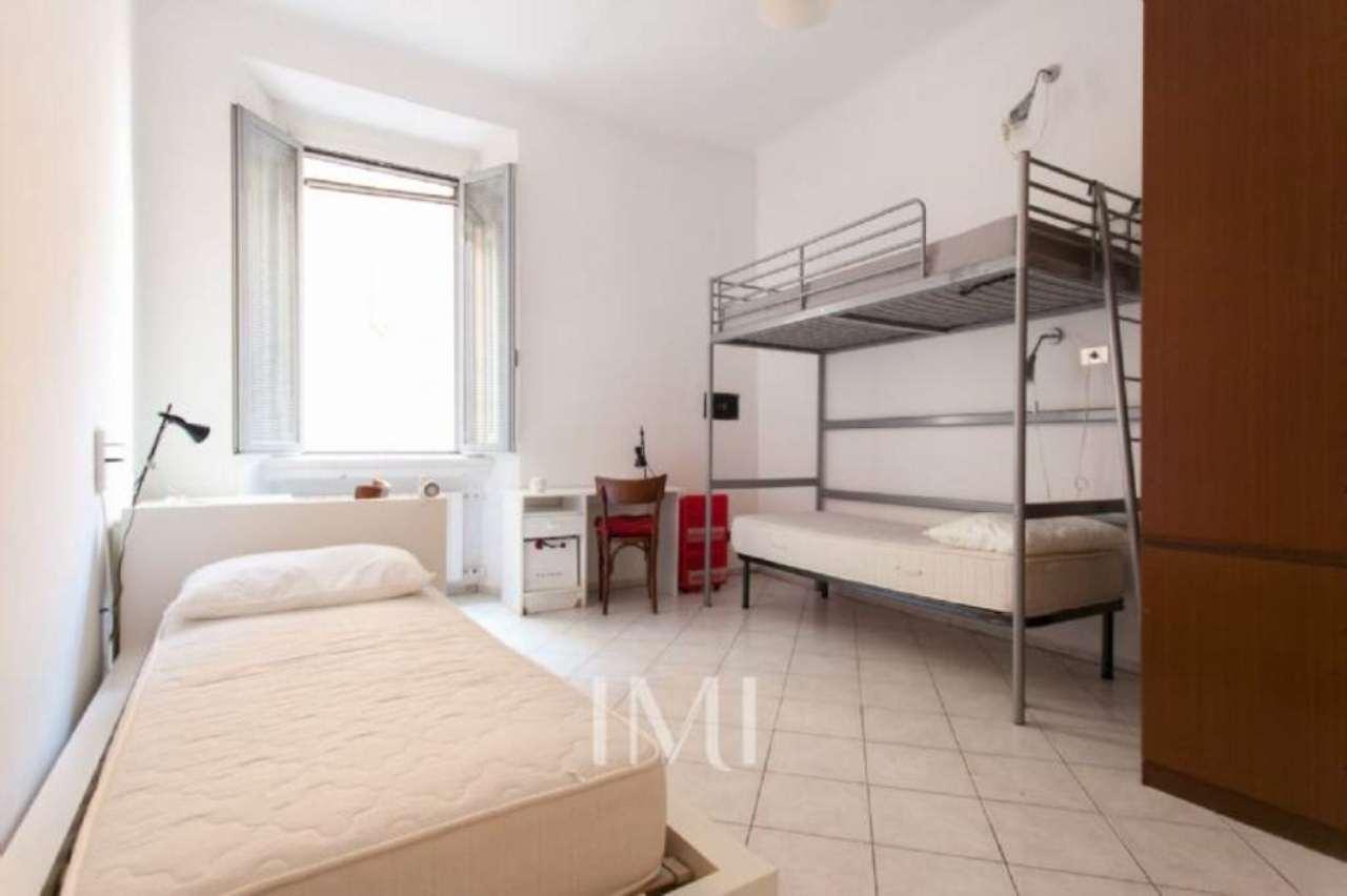 Bilocale Milano Via Giuseppe Meda 7