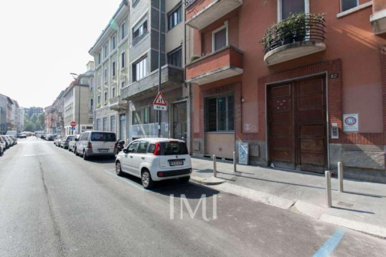 Bilocale Milano Via Brioschi 8