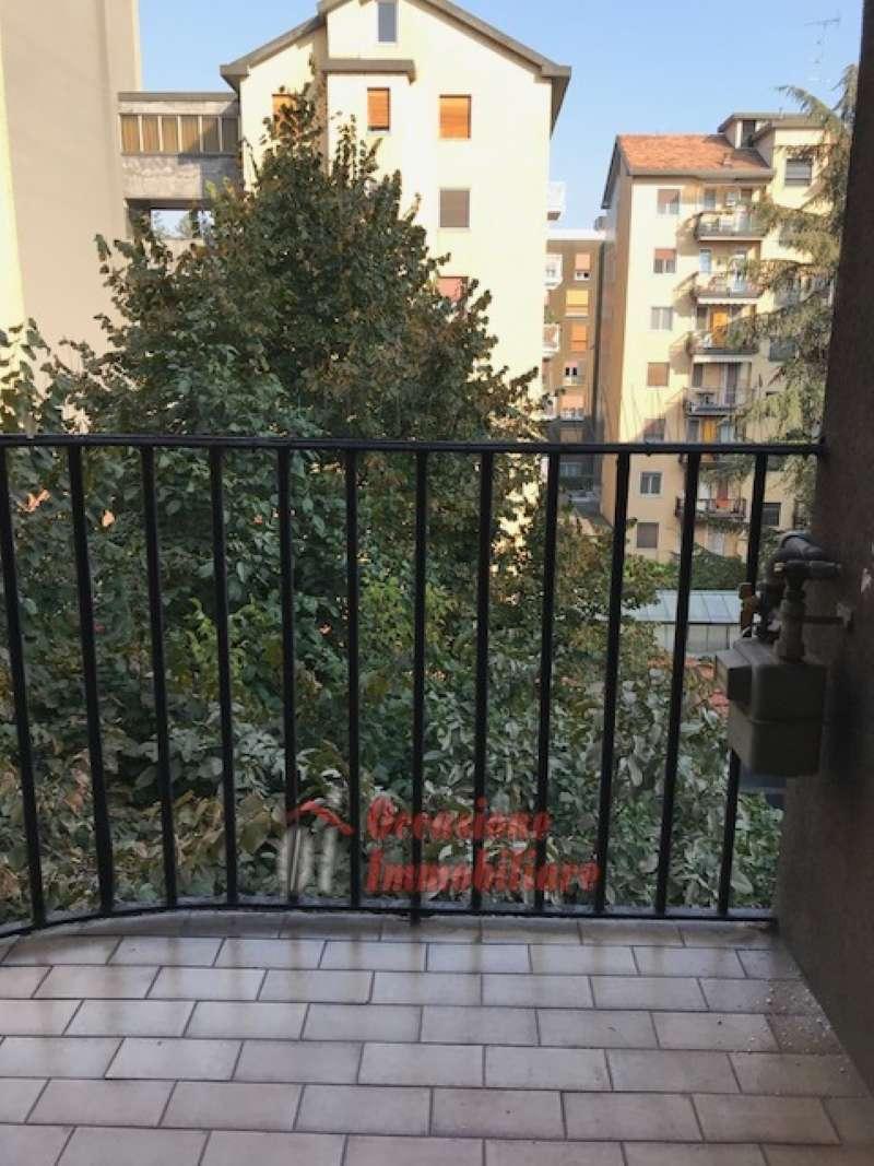 Appartamento in affitto a Milano, 3 locali, zona Zona: 9 . Chiesa Rossa, Cermenate, Ripamonti, Missaglia, Gratosoglio, prezzo € 1.380 | CambioCasa.it