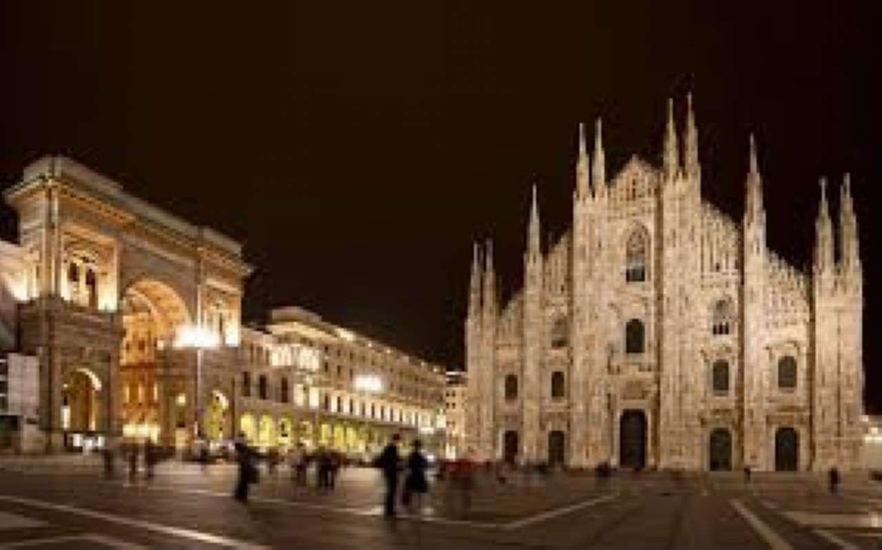 Villa in vendita a Milano, 15 locali, zona Zona: 12 . De Angeli, Vercelli, Washington, Sicilia, S. Michele del Carso, prezzo € 22.000.000 | CambioCasa.it