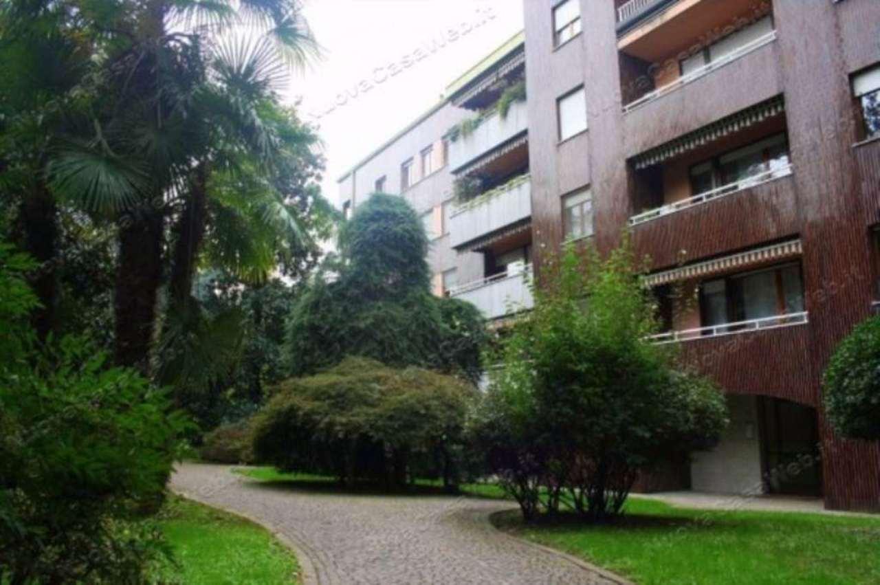 Appartamento in vendita a Arese, 4 locali, prezzo € 690.000   CambioCasa.it