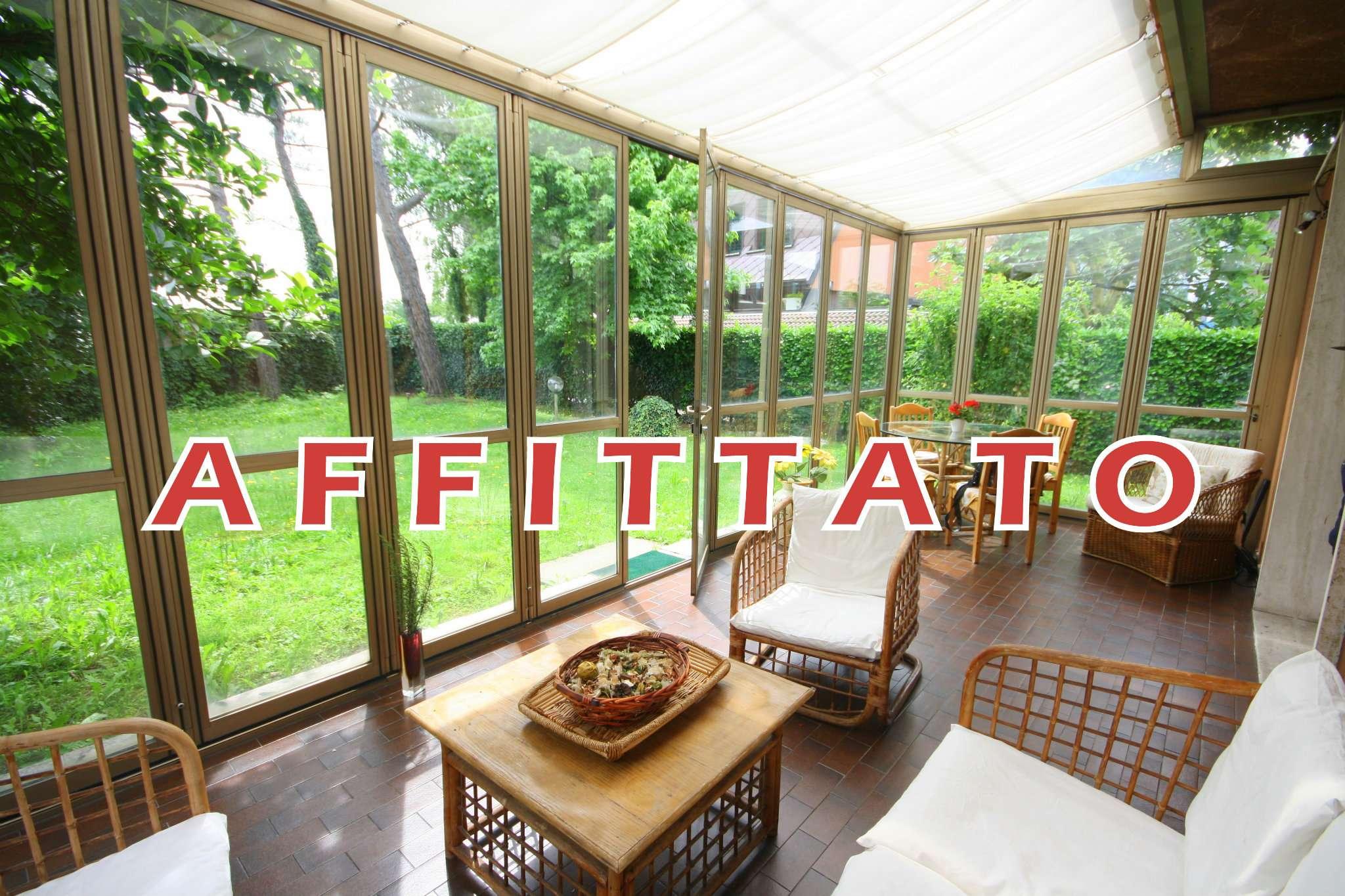 Villa in affitto a Arese, 4 locali, prezzo € 1.800 | Cambio Casa.it