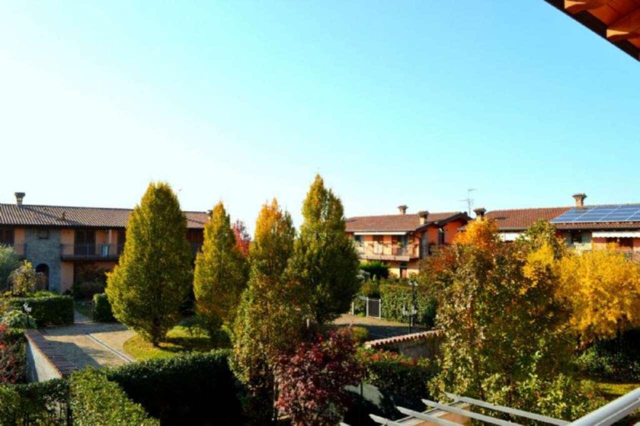 Appartamento in vendita a Roncello, 2 locali, prezzo € 95.000 | Cambio Casa.it