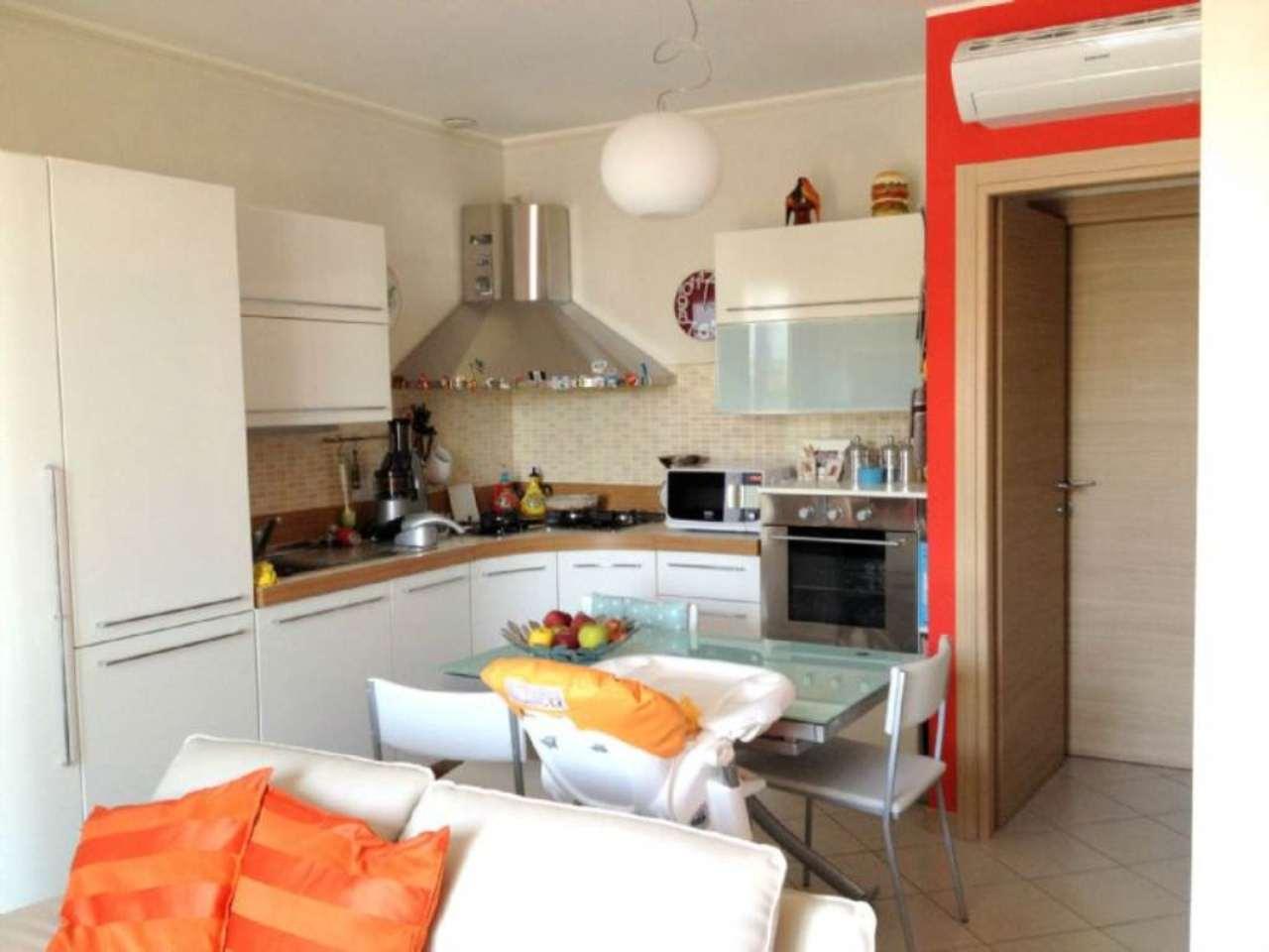 Appartamento in vendita a Gessate, 2 locali, prezzo € 165.000   CambioCasa.it