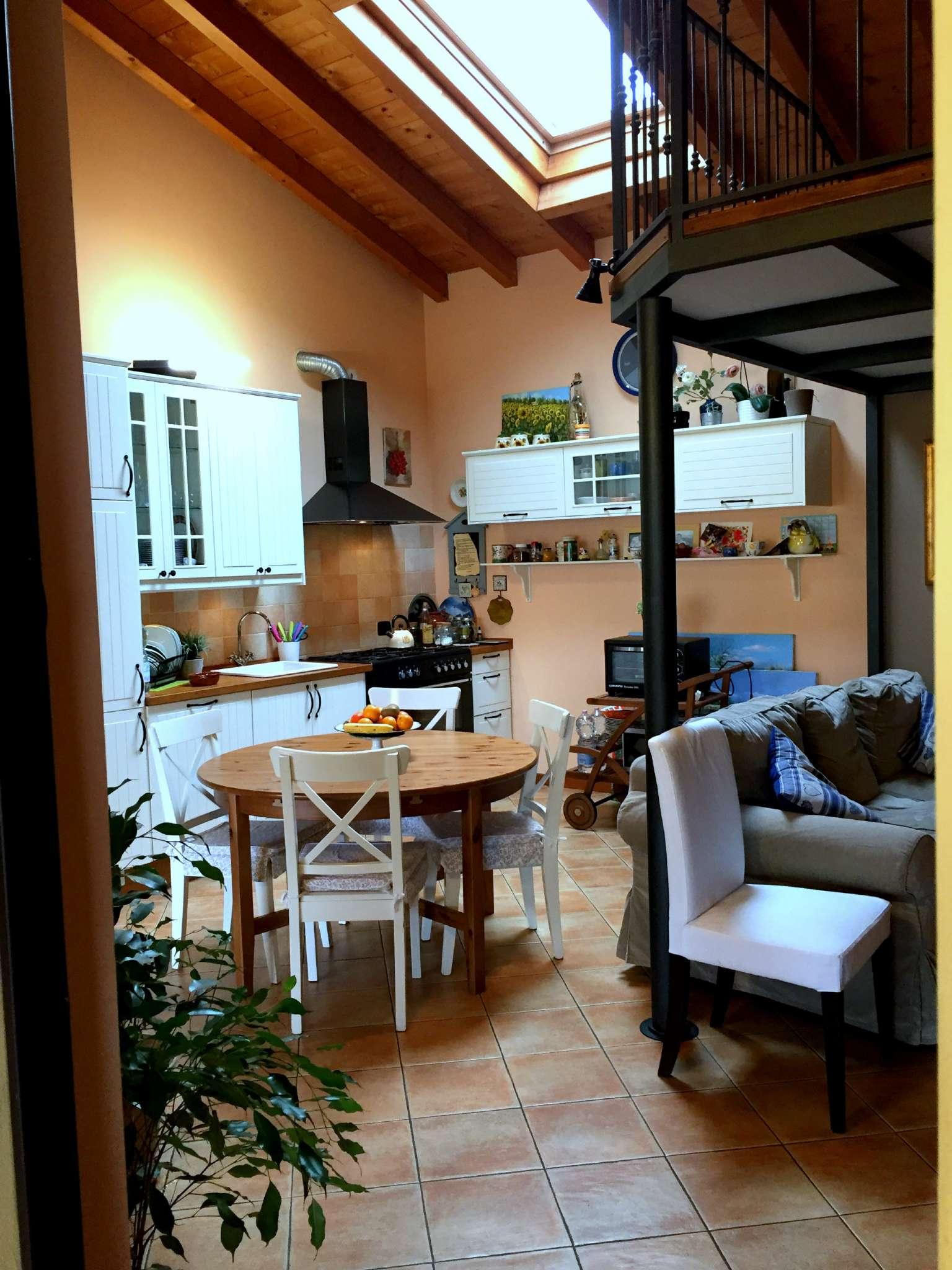Appartamento in vendita a Masate, 2 locali, prezzo € 120.000 | CambioCasa.it
