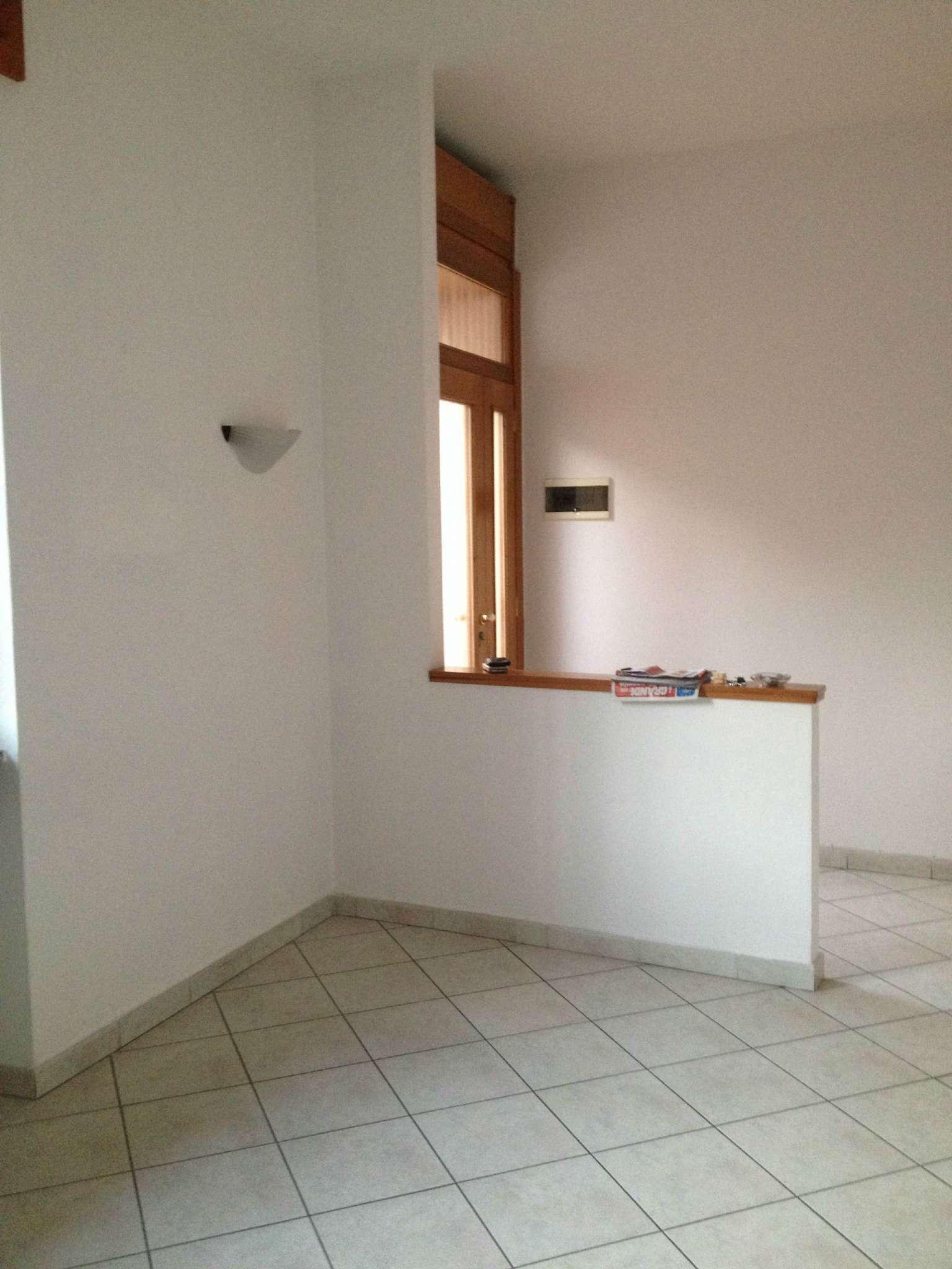 Appartamento in vendita a Gessate, 2 locali, prezzo € 110.000 | CambioCasa.it