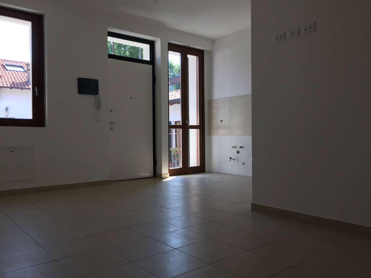 Appartamento in vendita a Gessate, 3 locali, prezzo € 121.000 | Cambio Casa.it