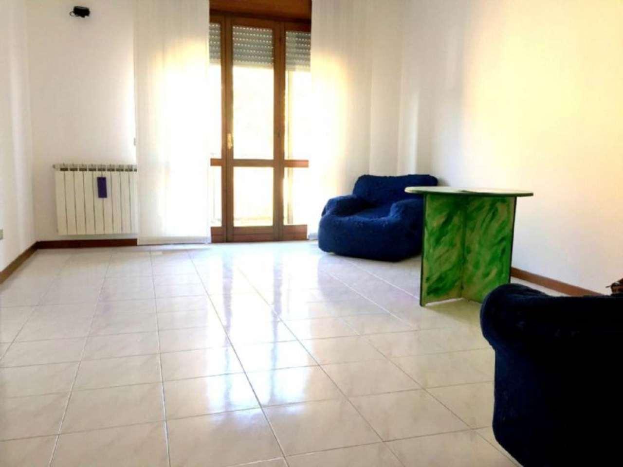 Appartamento in vendita a Gorgonzola, 2 locali, prezzo € 130.000   CambioCasa.it