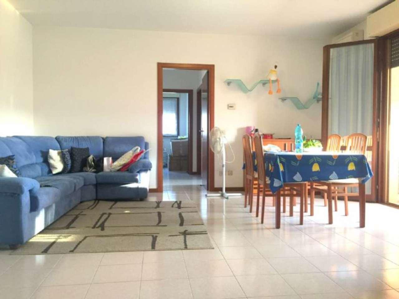 Appartamento in vendita a Gorgonzola, 3 locali, prezzo € 185.000 | CambioCasa.it