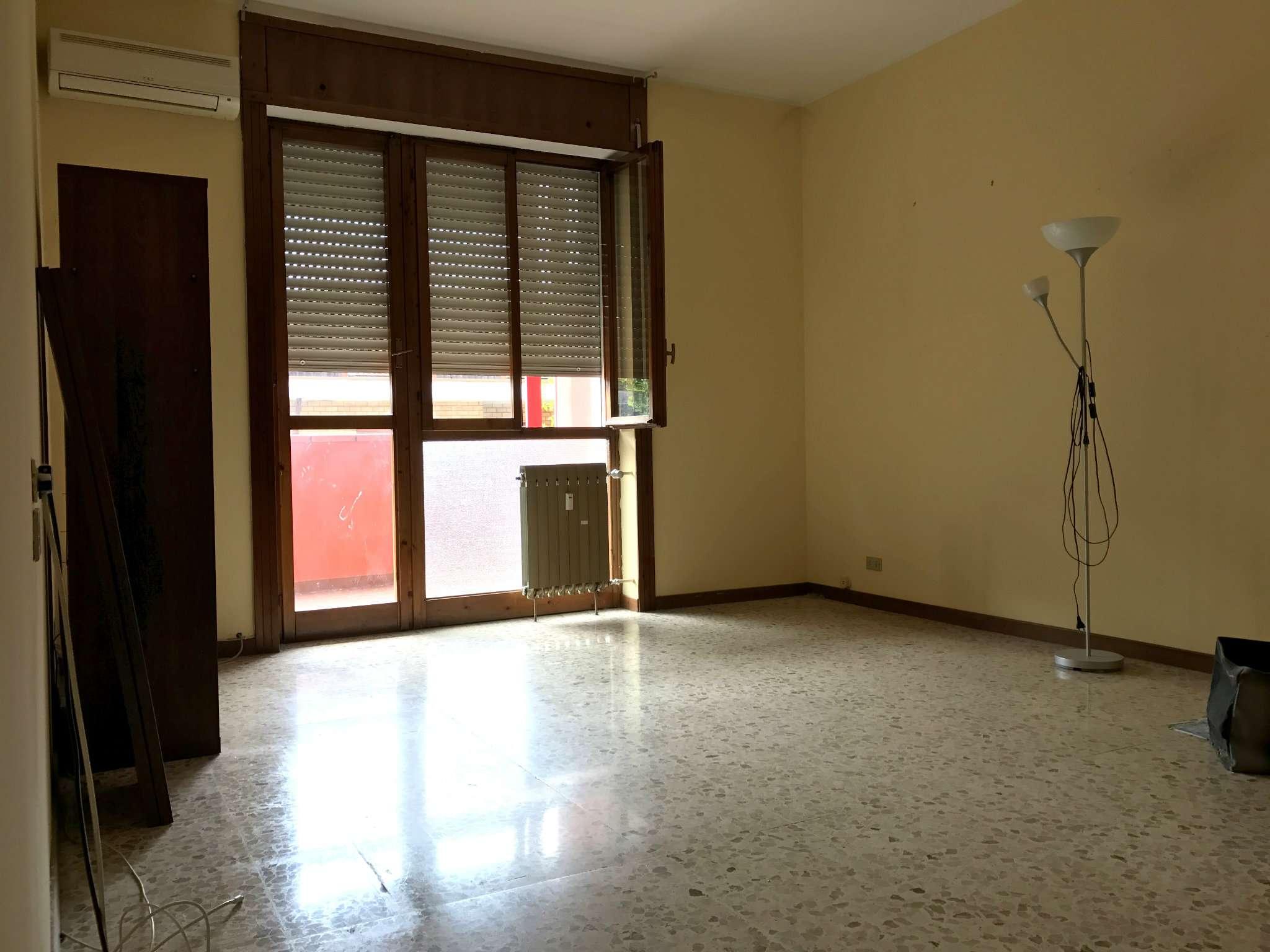 Appartamento in vendita a Cambiago, 3 locali, prezzo € 149.000 | CambioCasa.it