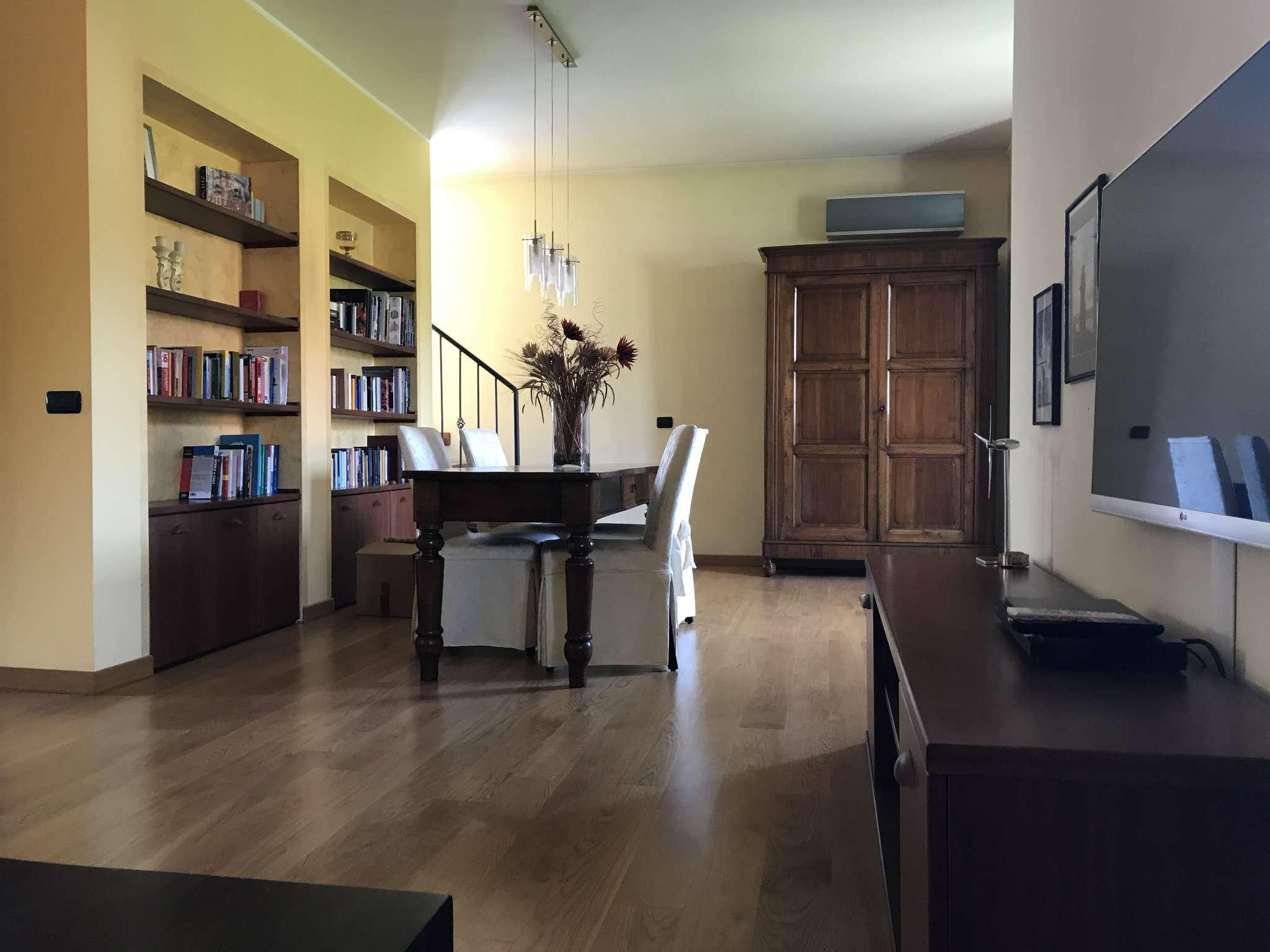Villa in vendita a Gorgonzola, 5 locali, prezzo € 460.000 | CambioCasa.it