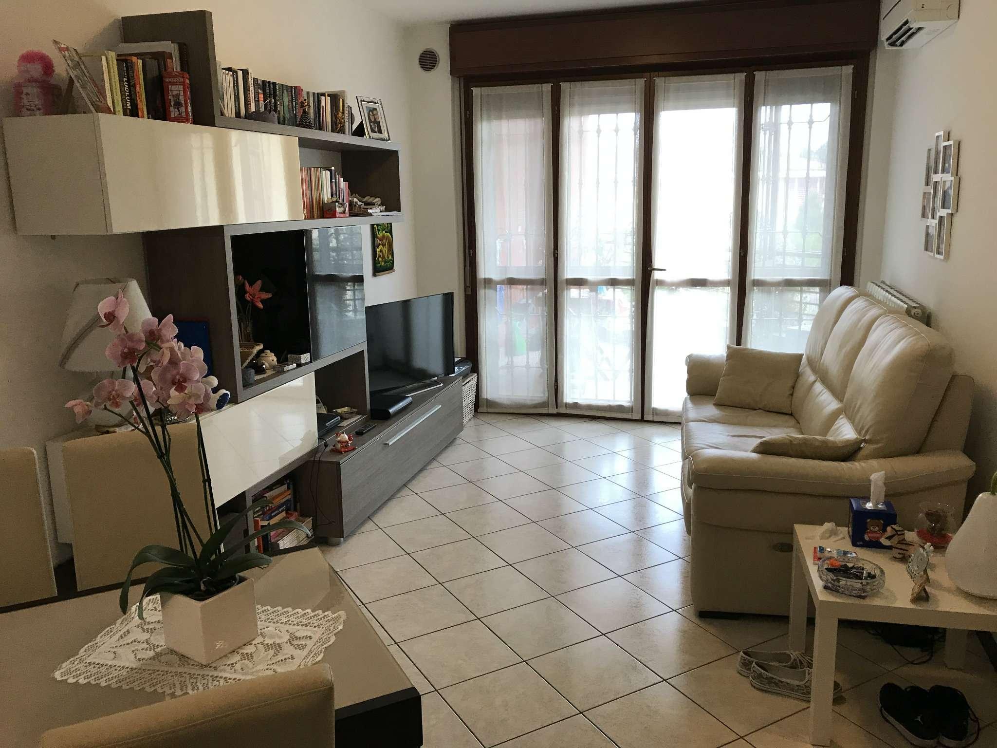 Appartamento in vendita a Gorgonzola, 2 locali, prezzo € 125.000   CambioCasa.it