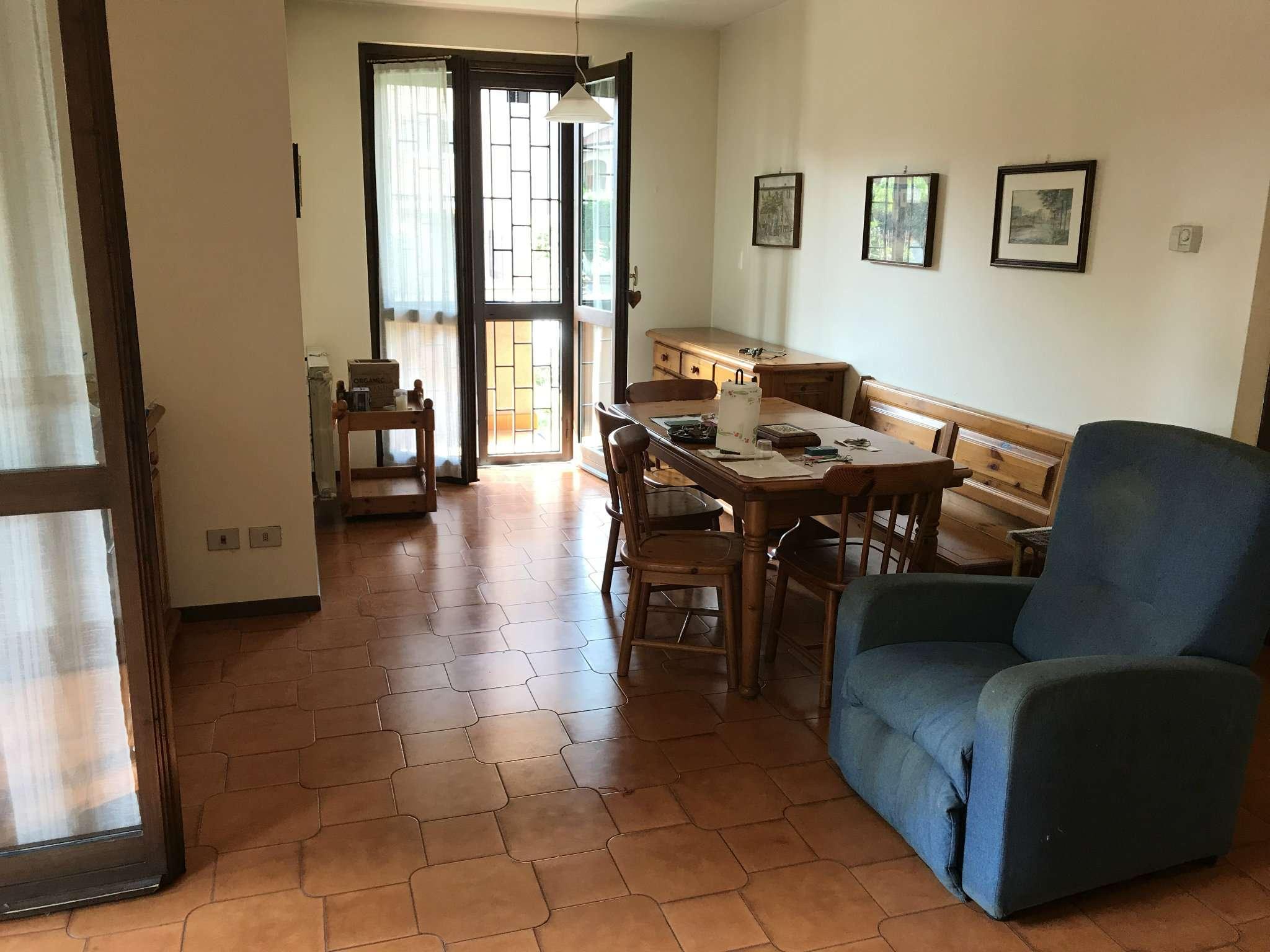 Appartamento in affitto a Gorgonzola, 4 locali, prezzo € 850   Cambio Casa.it