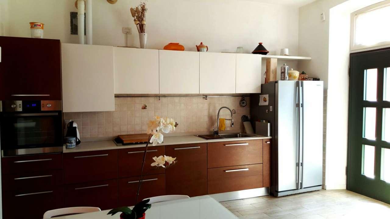 Appartamento in vendita a Gessate, 3 locali, prezzo € 160.000 | CambioCasa.it