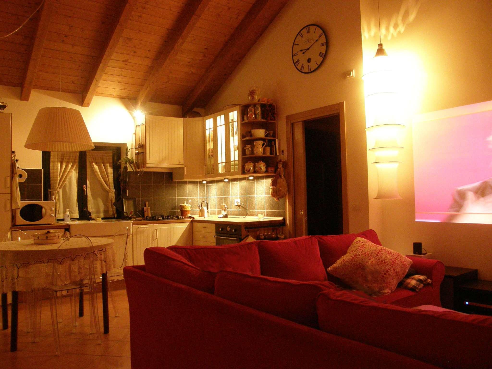 Appartamento in vendita a Gessate, 2 locali, prezzo € 125.000 | CambioCasa.it
