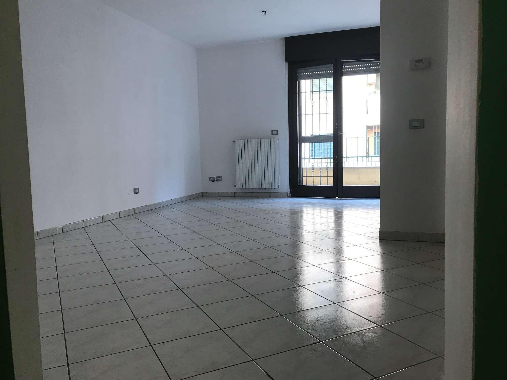 Appartamento in vendita a Gorgonzola, 2 locali, prezzo € 115.000 | CambioCasa.it