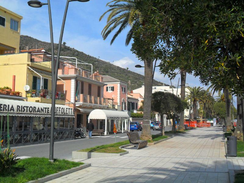 Bilocale Ceriale Via Orti Del Largo 8