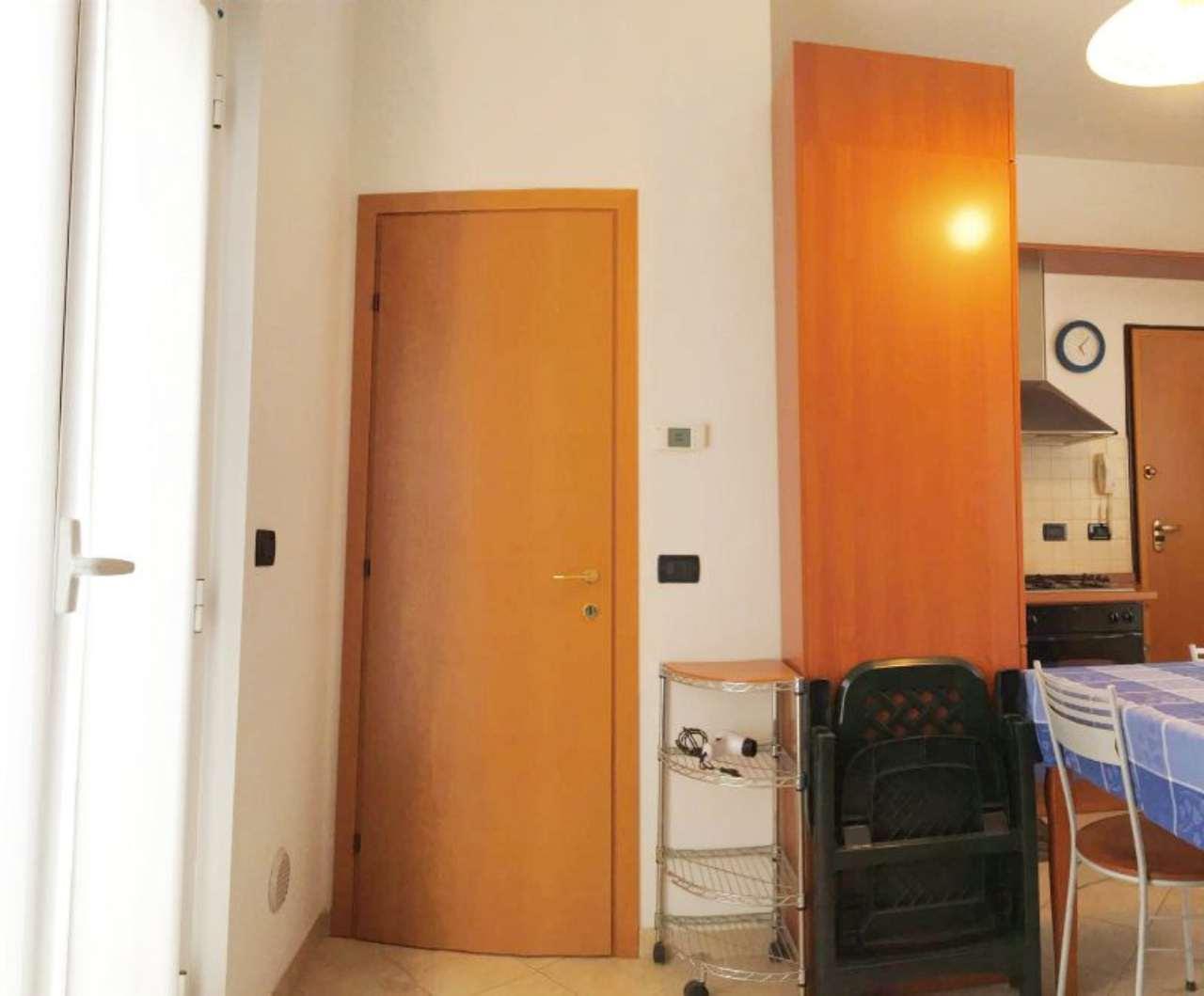Bilocale Pietra Ligure Via Cesare Battisti 4