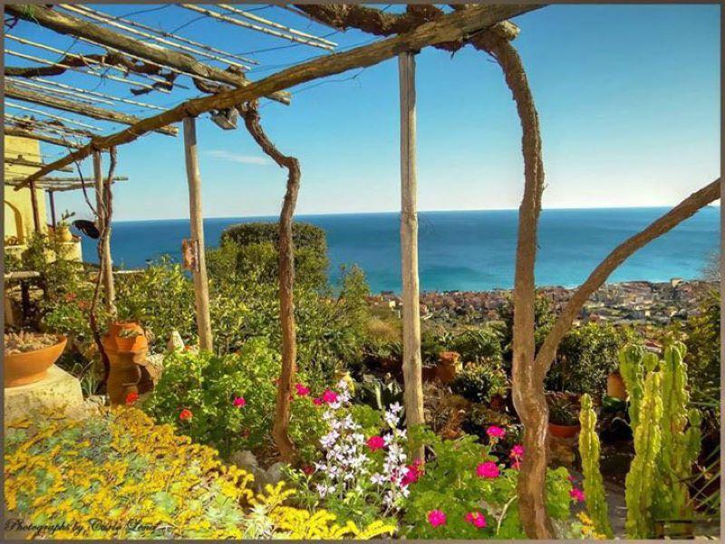 Bilocale Pietra Ligure Viale Riviera 10
