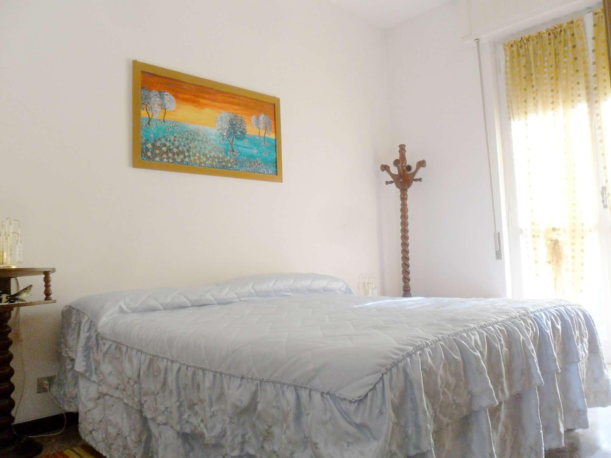 Bilocale Borghetto Santo Spirito Via Iv Novembre 7