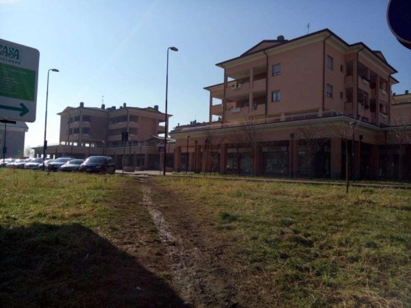 Negozio / Locale in Affitto a Cormano