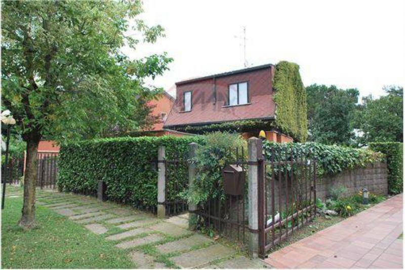 Villa in affitto a Arese, 6 locali, prezzo € 1.800 | Cambio Casa.it