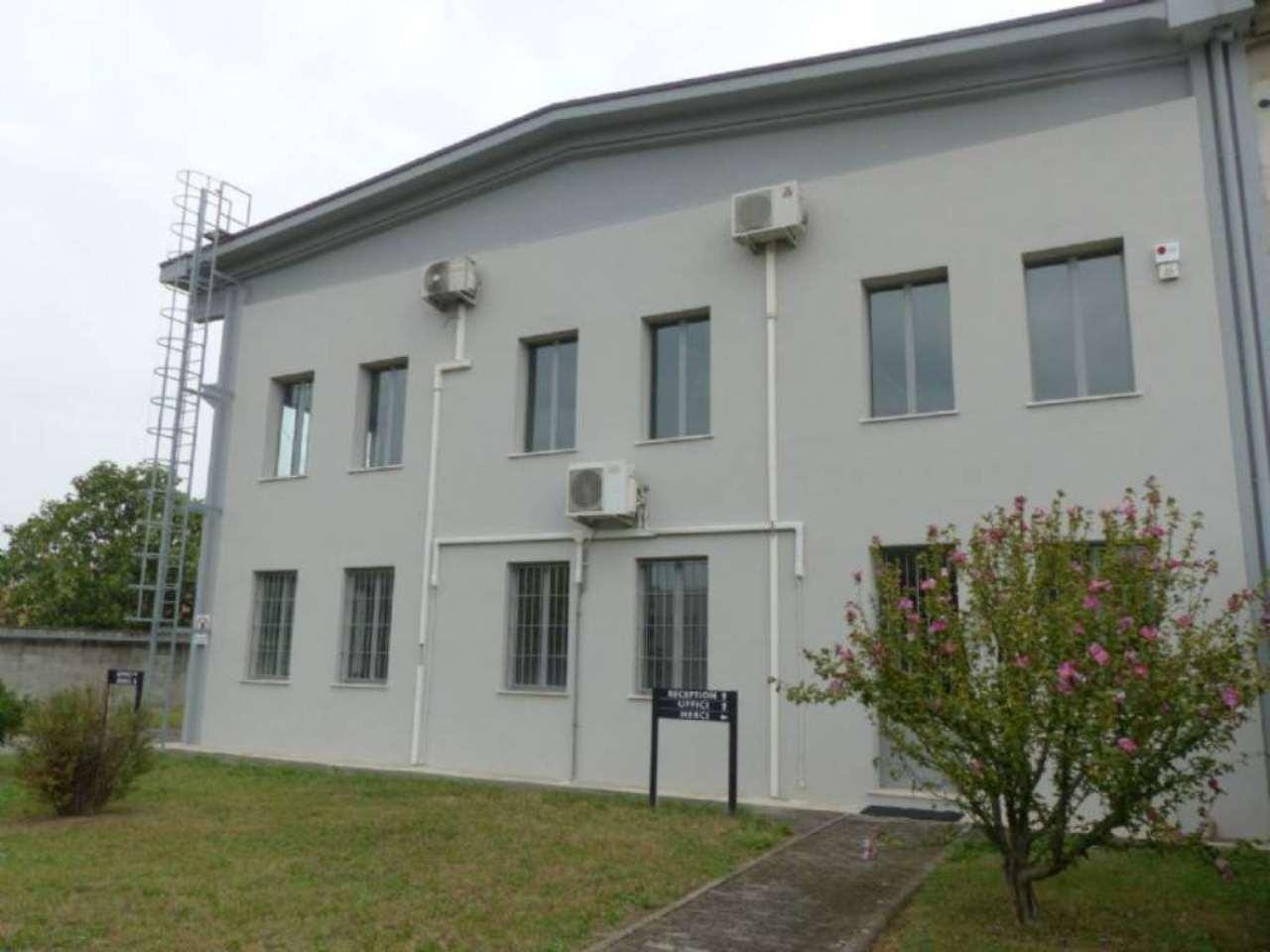 Ufficio / Studio in affitto a Pessano con Bornago, 9999 locali, prezzo € 5.000 | Cambio Casa.it