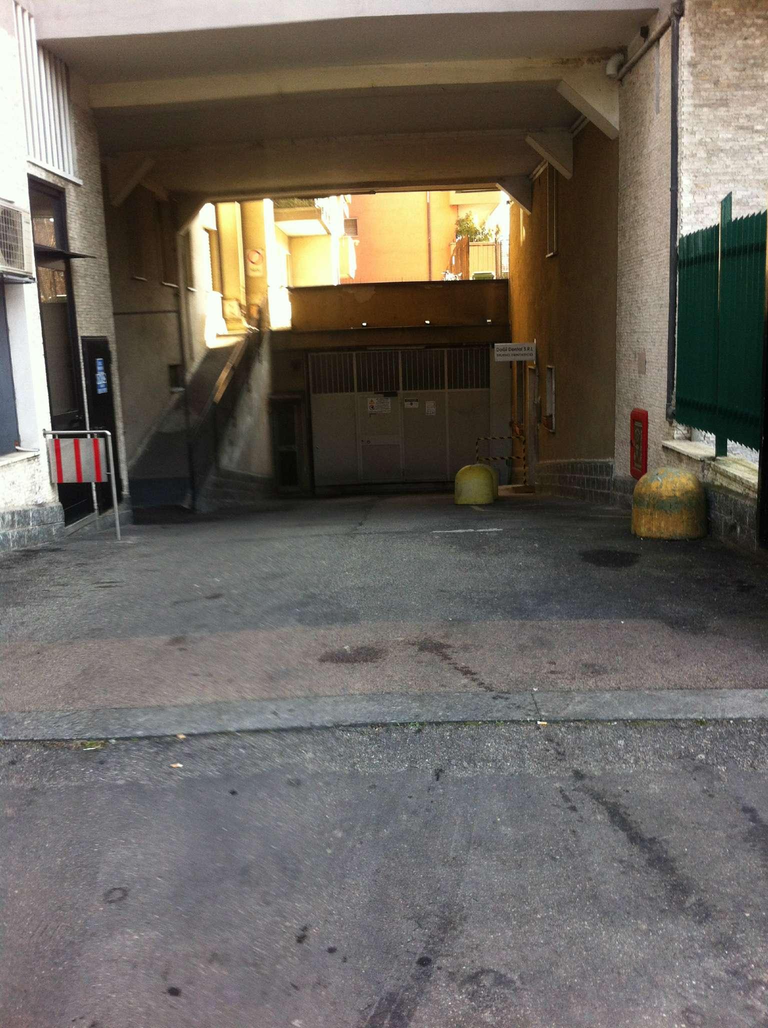 Box / Garage in affitto a Bollate, 1 locali, prezzo € 200 | Cambio Casa.it
