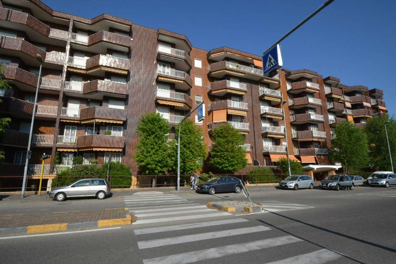 Appartamento in affitto a Bollate, 2 locali, prezzo € 500 | Cambio Casa.it