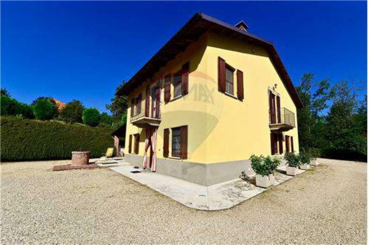 Soluzione Indipendente in vendita a Rocchetta Tanaro, 7 locali, prezzo € 495.000 | Cambio Casa.it