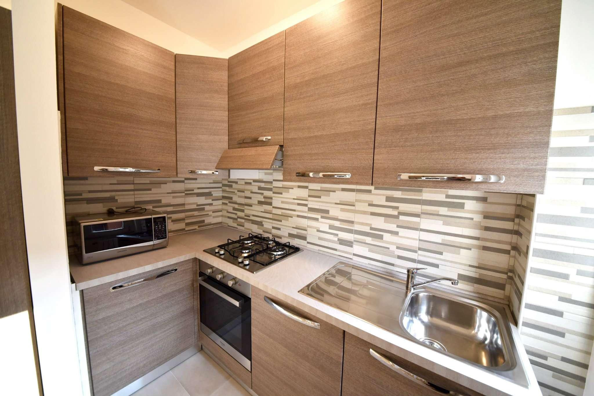 Appartamento in affitto a Baranzate, 3 locali, prezzo € 1.000 | Cambio Casa.it