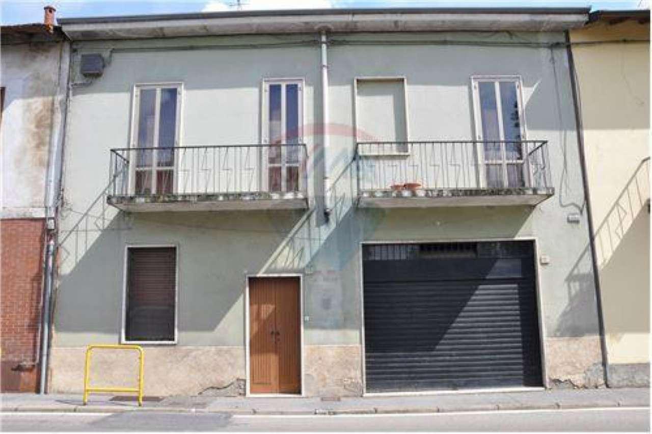Soluzione Indipendente in vendita a Bollate, 4 locali, prezzo € 165.000 | Cambio Casa.it