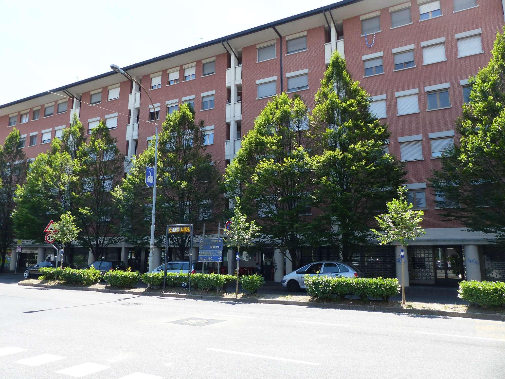 Negozio / Locale in vendita a Bollate, 1 locali, prezzo € 85.000   Cambio Casa.it